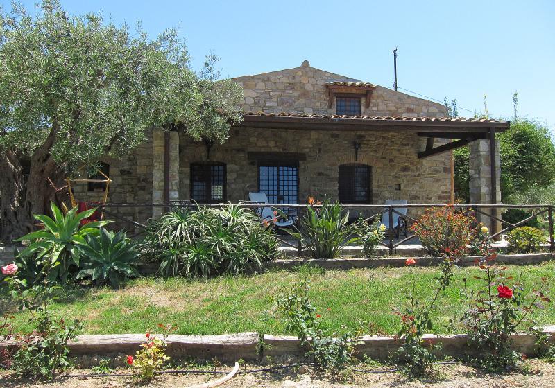 ANTICA DIMORA, holiday rental in Montemaggiore Belsito