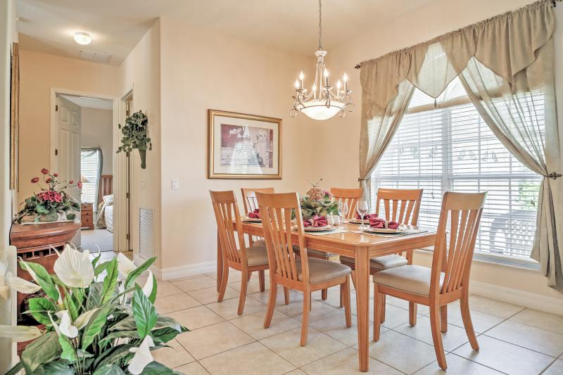 Dining Room | Single-Story Home