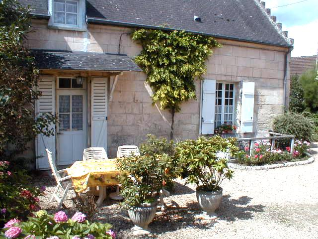 Maison de pays en pierres de taille à 1 h de Paris, holiday rental in Choisy-au-Bac