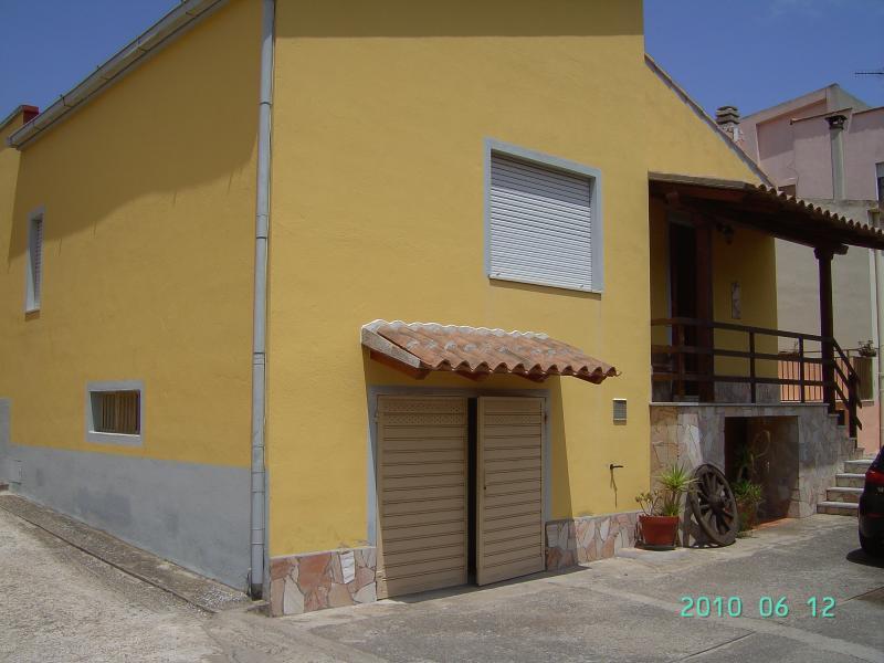 Monolocale, location de vacances à Santa Maria Coghinas