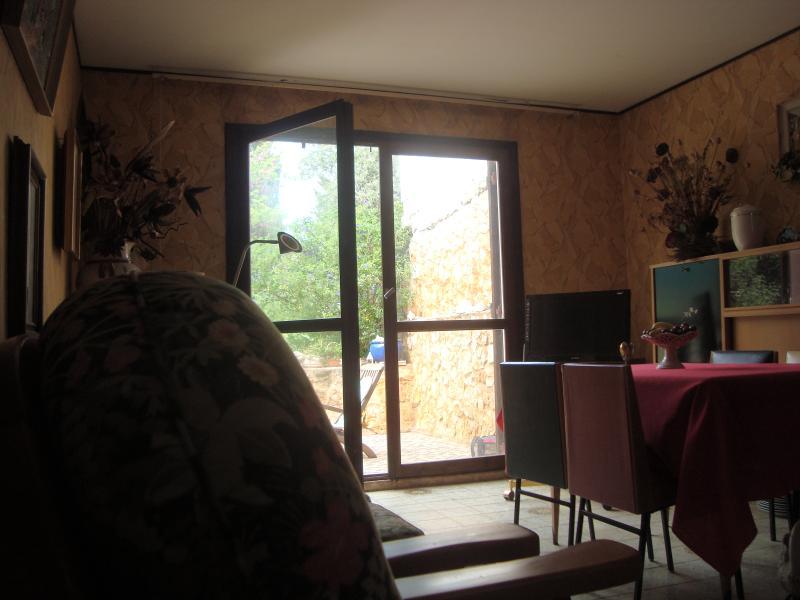 Maison des années 70, holiday rental in Septemes-les-Vallons