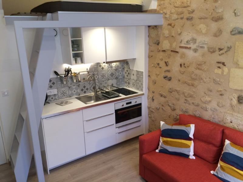 Studio Rénové Centre Historique St Michel, holiday rental in Cenon