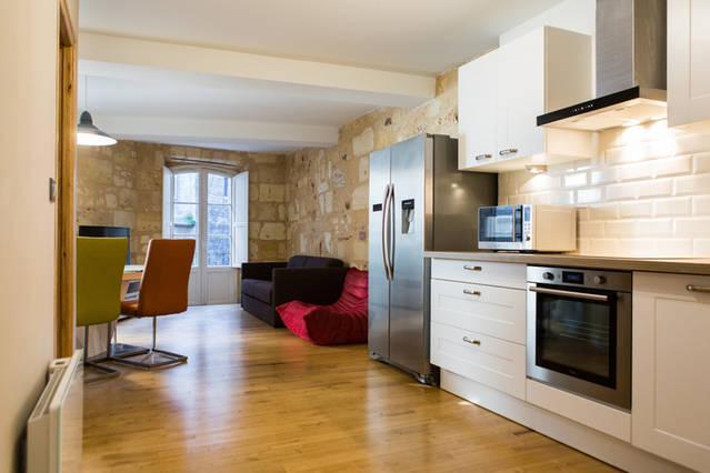 Le charme du vieux Bordeaux, holiday rental in Cenon