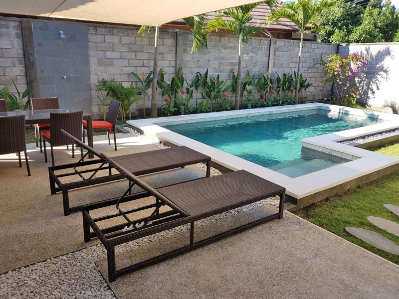 Elegant 2 bedrooms pool Villa in Sanur, Suka 3., holiday rental in Serangan