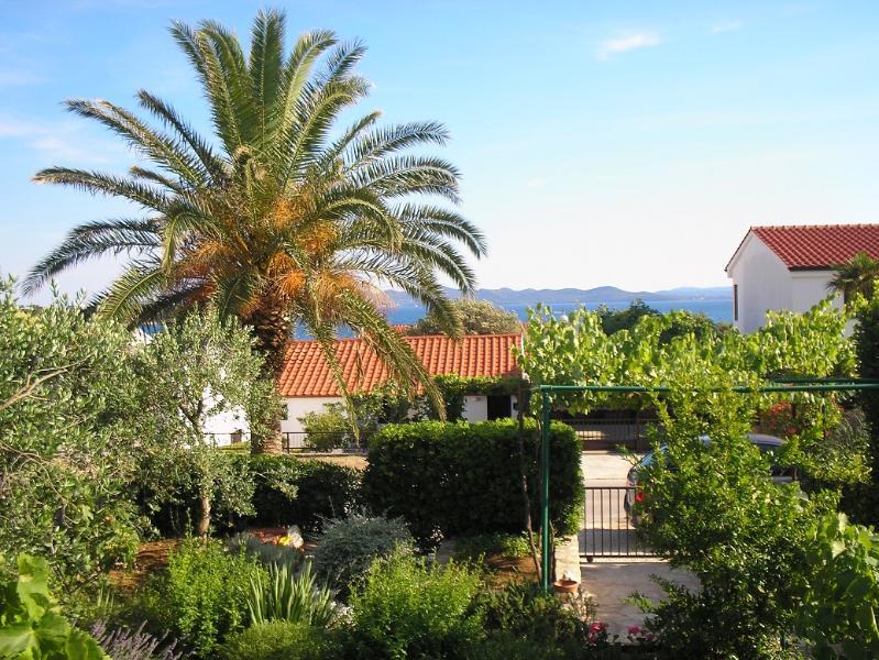 DODA APARTMENT, PUNTA SKALA, holiday rental in Petrcane