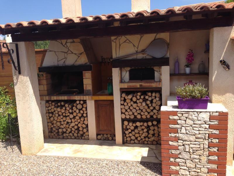 PETIT HAVRE DE PAIX, vacation rental in Chateauneuf-les-Martigues