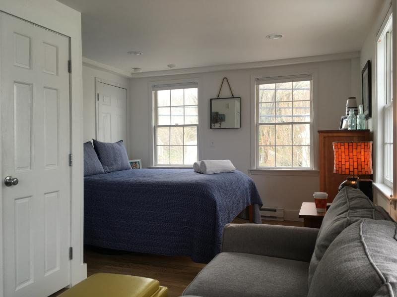 View of sleeping alcove with Queen size bed.