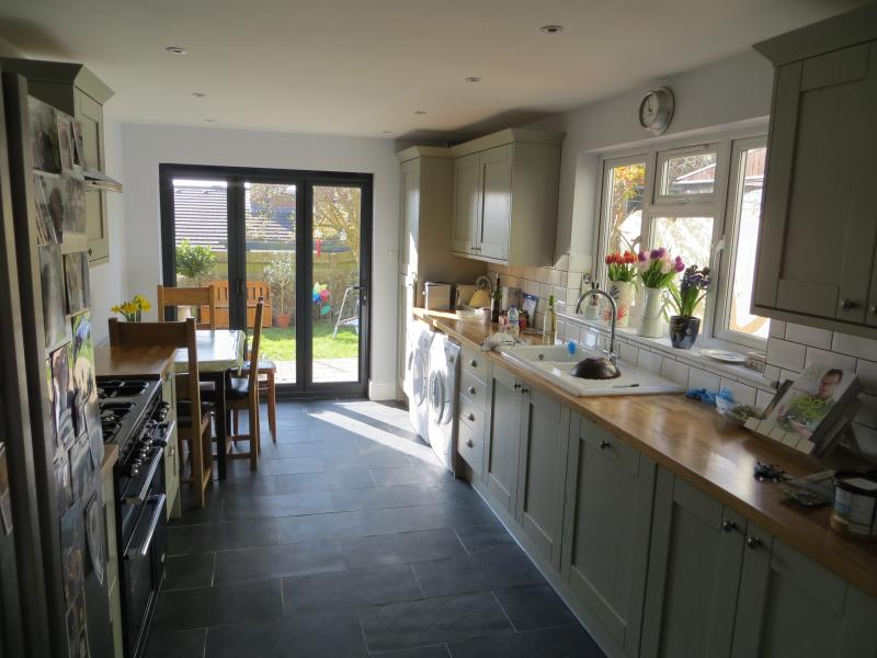 4 bedroom Family House - a home from home!, vacation rental in Ditchling