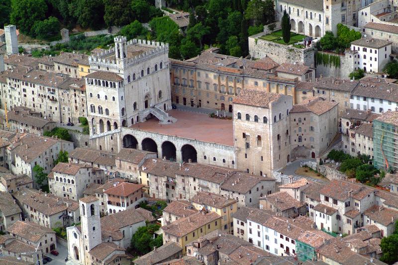 Gubbio la più bella ed autentica città medievale