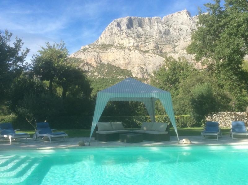 piscine côté montagne