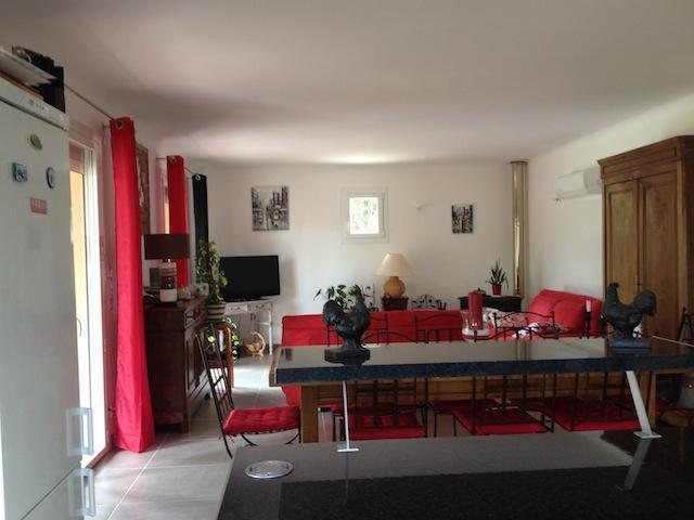 Maison individuelle avec grand jardin, holiday rental in Saint-Marcel-de-Careiret