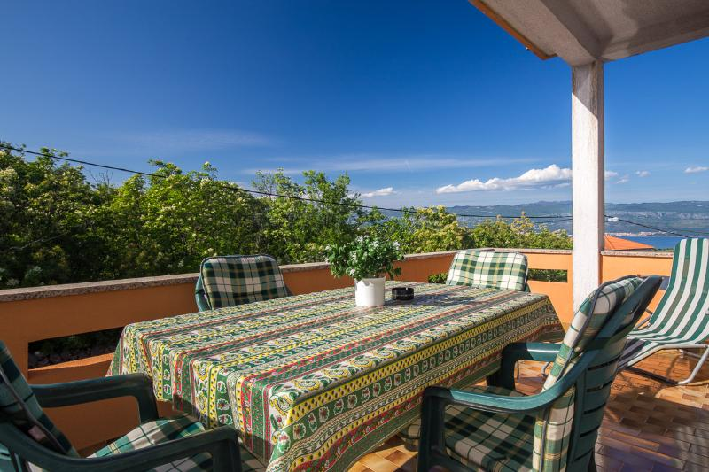 Nice apartment in Risika, island of Krk, holiday rental in Risika