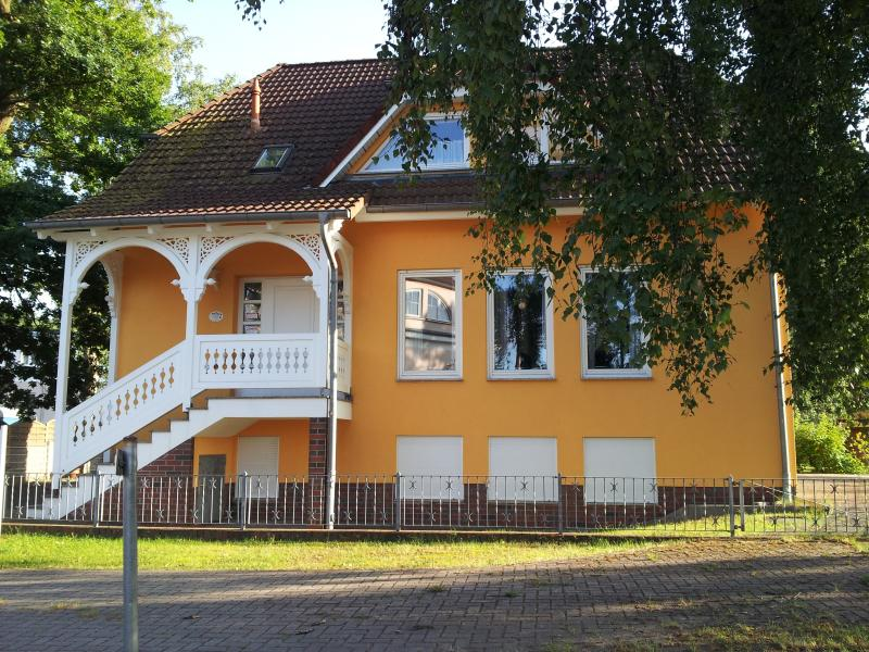 Ferienappartment im Ostseebad Baabe/Rügen, casa vacanza a Neuensien