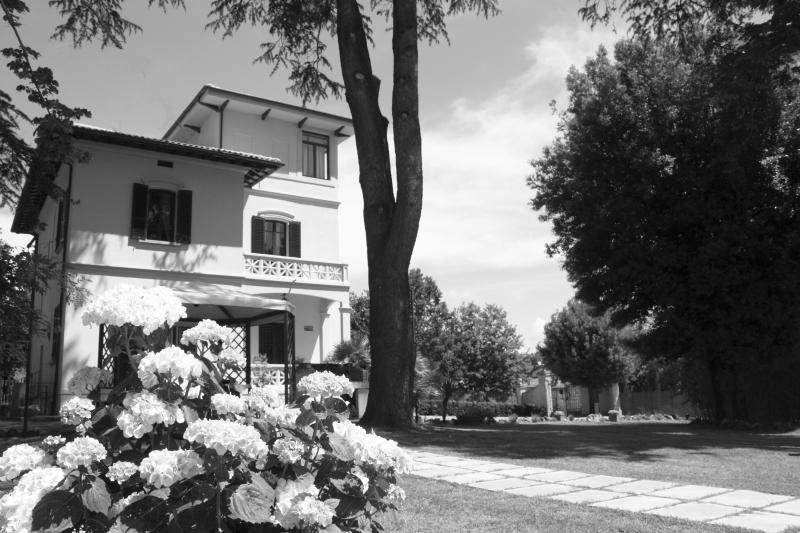 Villa Merelli, holiday rental in Montagnano