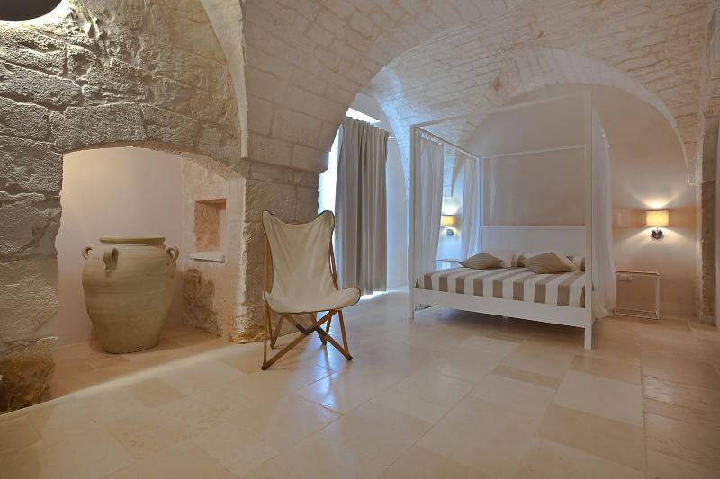 MasserieMaresca - Lentisco Suite, holiday rental in Costa Merlata