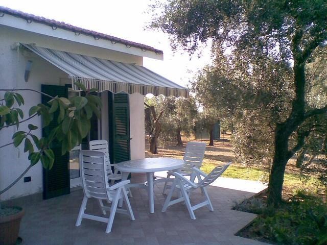 DIANO VILLA INDIPENDENTE, vacation rental in Diano Borello
