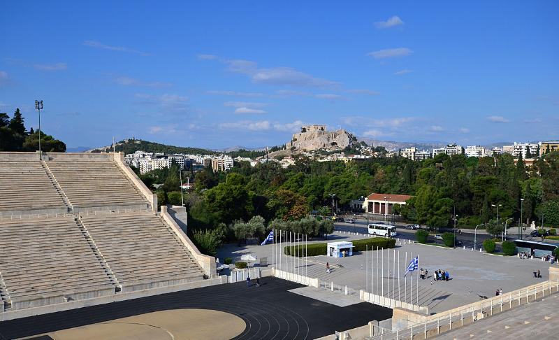 1 Bedroom Apt in Central Athens, GREAT location!, holiday rental in Athens
