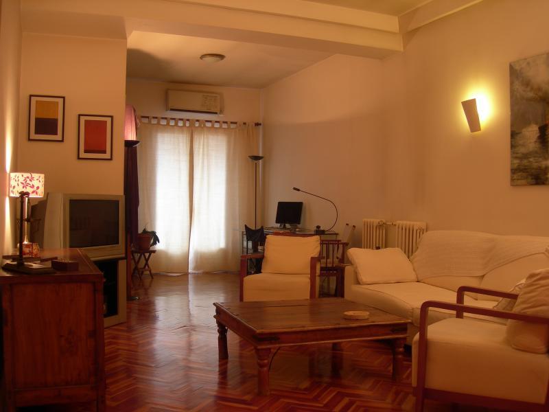 Amplio apartamento, Atocha-Museo del Prado, vacation rental in Madrid