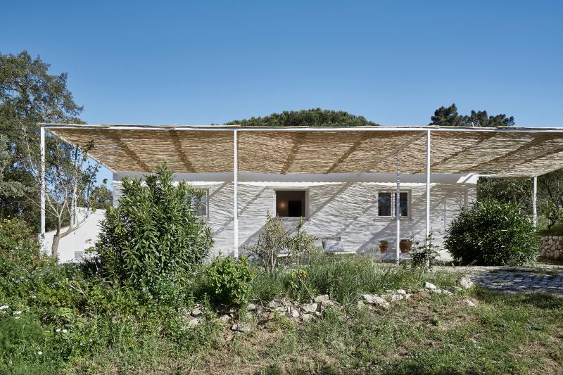 4 guest house w/ swimming pool using, vacation rental in Portinho da Arrabida