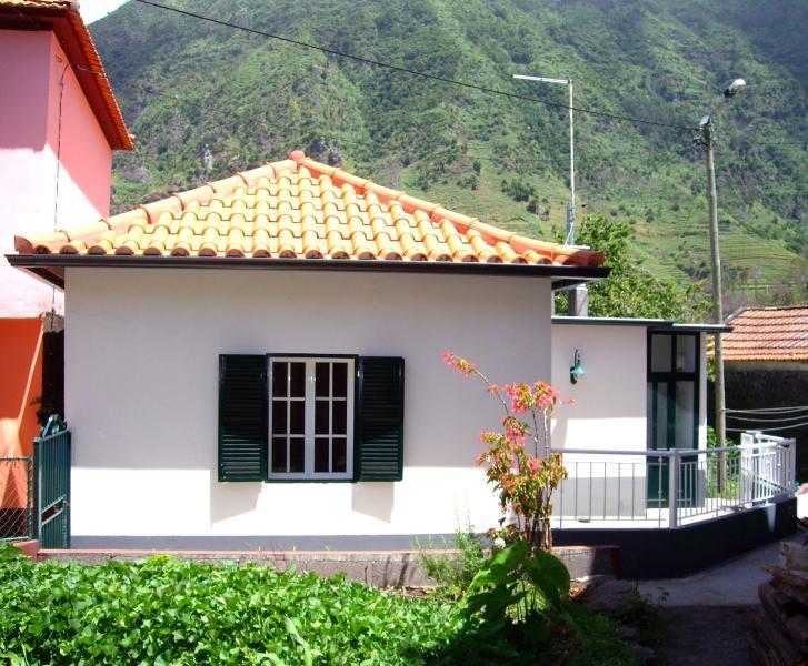 Petite Maison traditionnelle à São Vicente, location de vacances à Sao Vicente