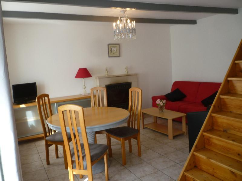 gite de traon Miniou, vacation rental in Gouarec