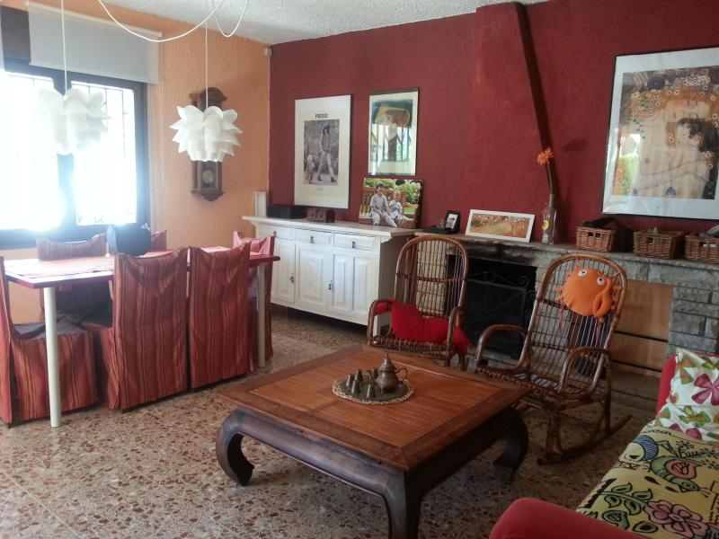 Casa del mar con piscina privada y barbacoa, Ferienwohnung in Cambrils