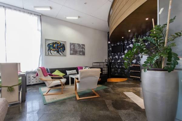 Apartment Center 25 - 400m to railway, 485m to Dragon Bridge, 2 bedrooms + P, Ferienwohnung in Ljubljana