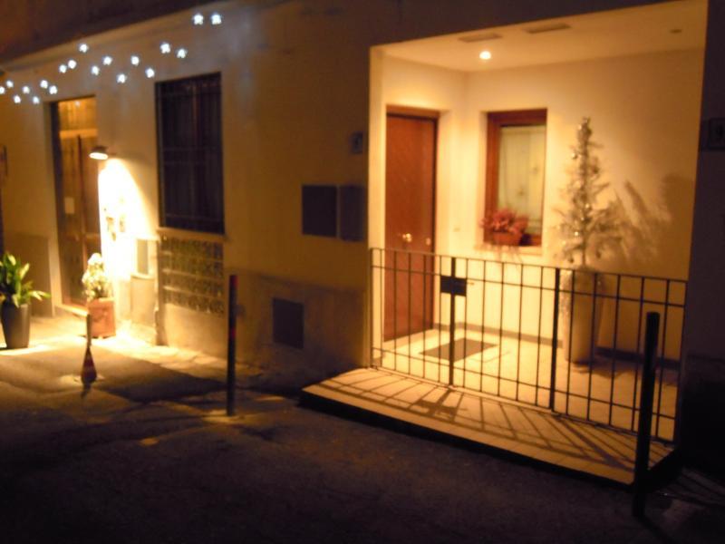 CASA NOVA casa vacanze a 12 km. da Firenze-centro, casa vacanza a Pontassieve