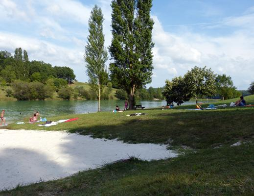 Lake St Cernin, refreshments, games for children