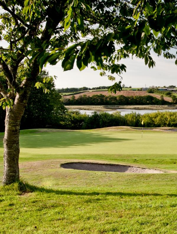 China Fleet club memberships included just a short drive away. Golf is an extra cost
