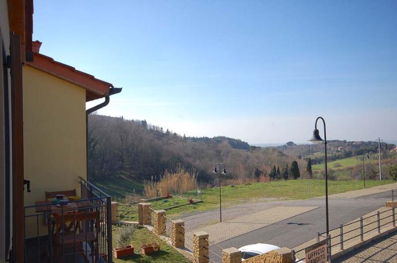 Borgo Renaio Guardistallo bilocale vista mare A11, alquiler vacacional en Guardistallo