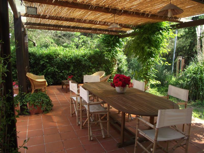 CASETTA DEI PIANI piscina condivisa, holiday rental in Olmedo