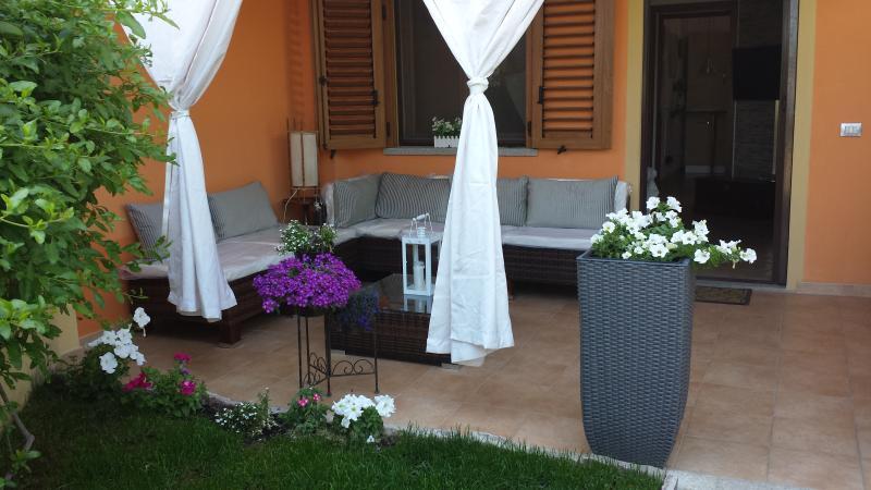 Casa con Giardino, vacation rental in Olbia