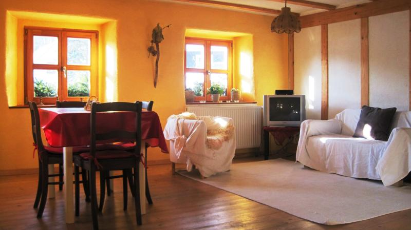 Ferienwohnung Demberg, vacation rental in Kandern