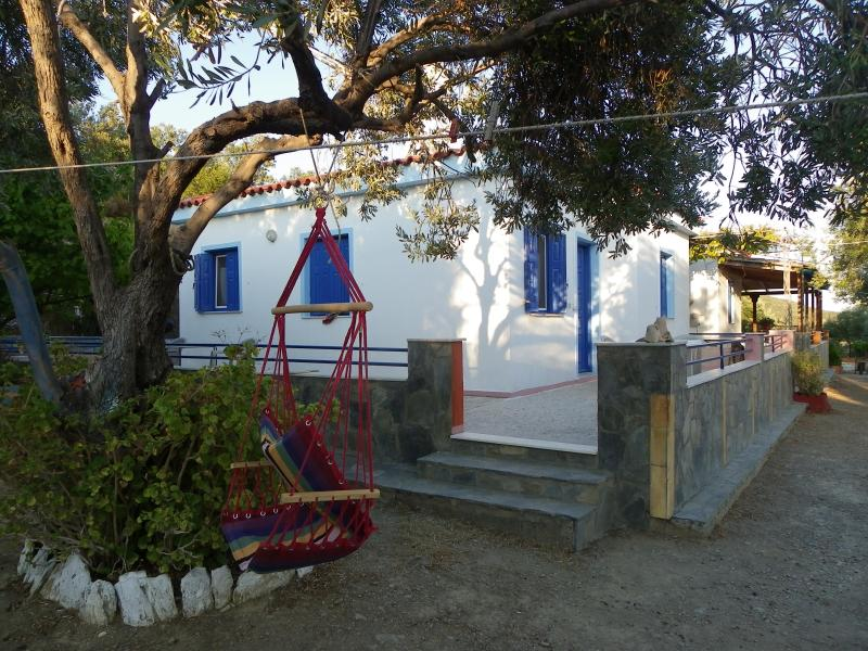 Traditional House  in Lesvos Island  !, Ferienwohnung in Lésbos