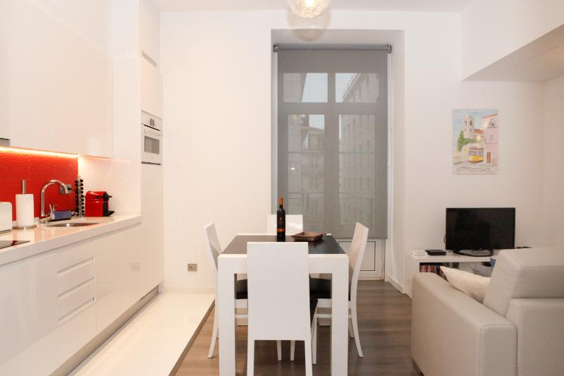 LISBON DOWNTOWN CHARMING FLAT, vacation rental in Lisbon