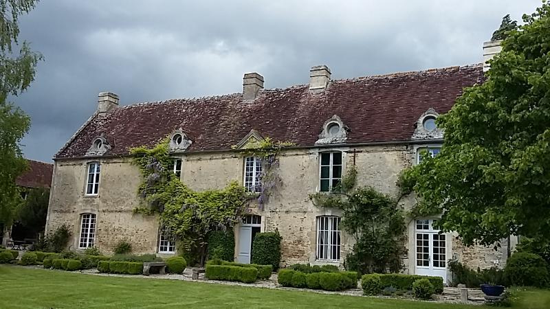 Le Logis Manoir du 18e Siècle, vacation rental in Fontenai-sur-Orne
