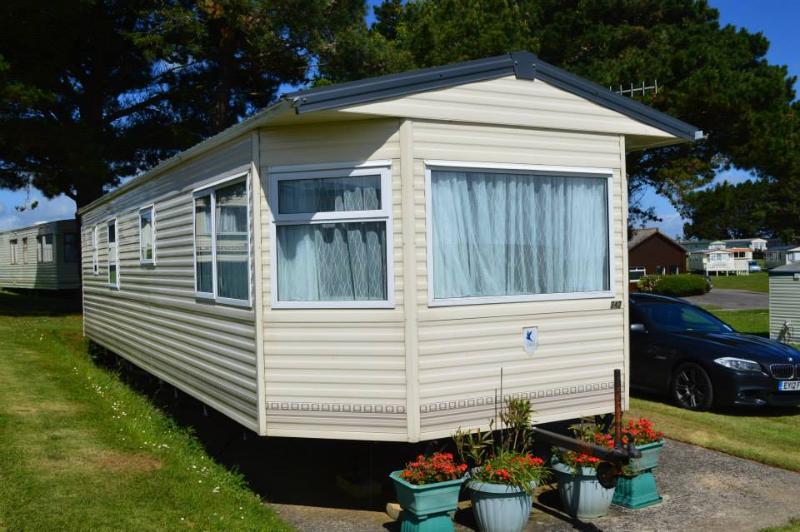 S42 at Sandhills - Bembridge, Isle of Wight Caravan (Sandhills Holiday Park), vacation rental in Isle of Wight