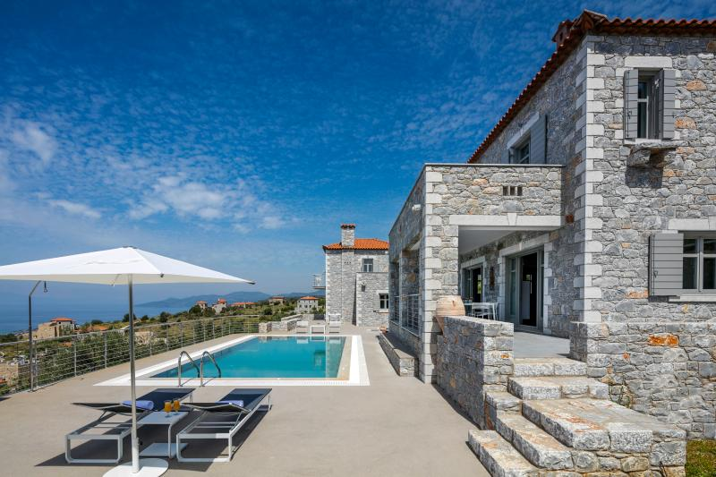 ASANTI VILLAS 1, vacation rental in Stoupa