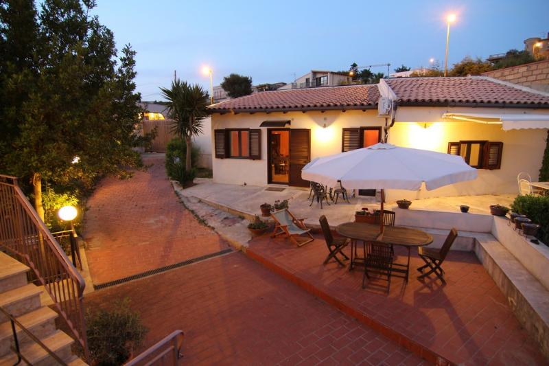 Dependances in villa padronale, holiday rental in Agrigento