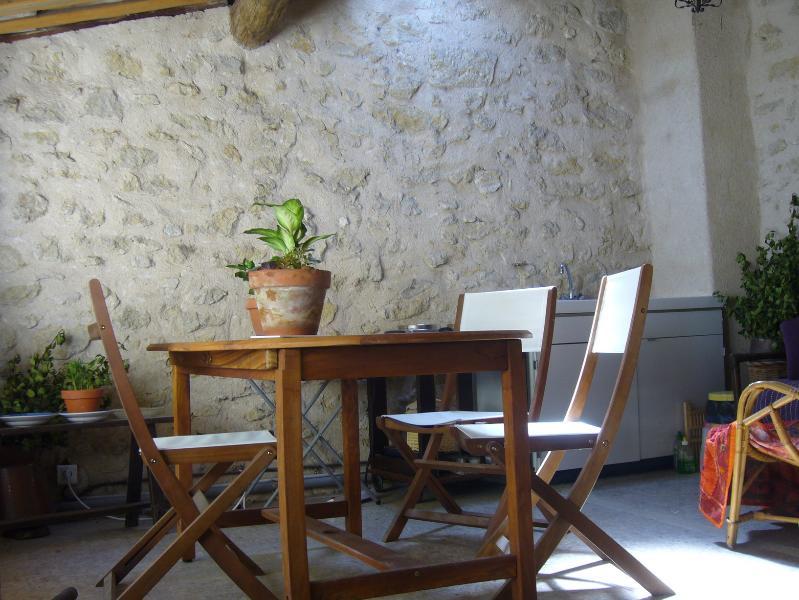 la terrasse logia avec cuisine d'été