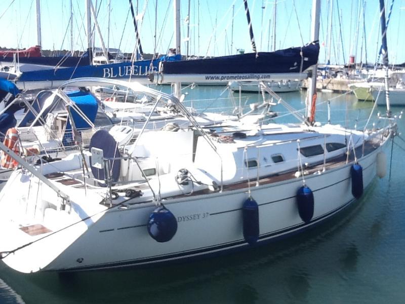 Zucchero&Cannella-Vacanze in barca a vela ,Uscite giornaliere,Boat&Breakfast, casa vacanza a Lido di Ostia