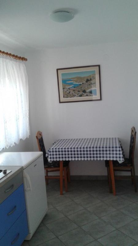 A3(2): dining room