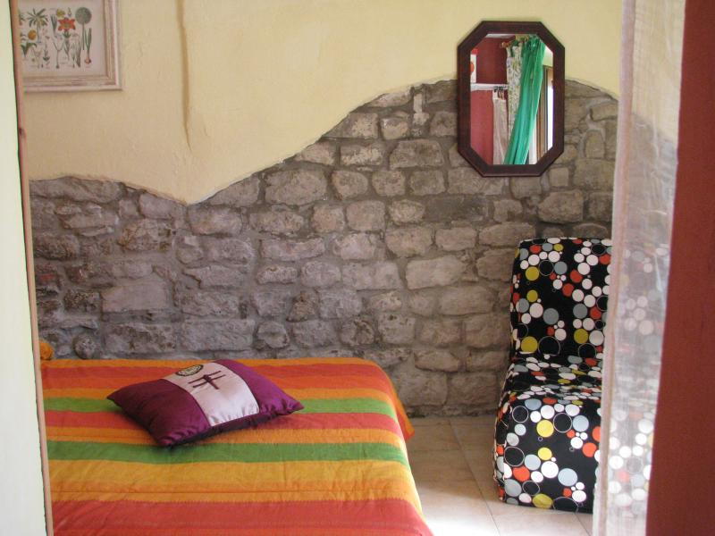 Cosy Studio, holiday rental in Castelvecchio