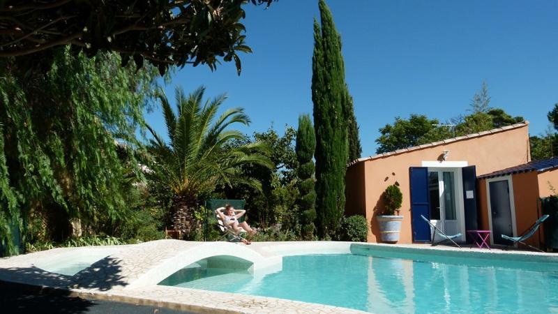 Petite villa en Provence cadre idyllique, holiday rental in Bouches-du-Rhone