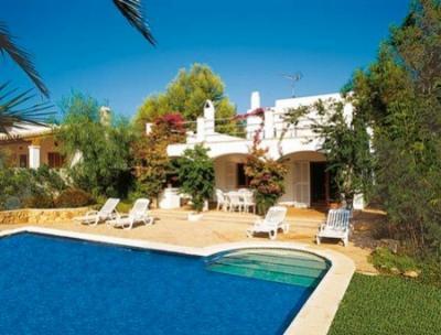 Precioso Chalet Sur Mallorca Cala d'Or-Pto Petro, holiday rental in Santanyi