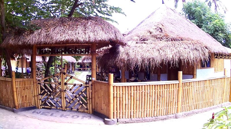 Traditionele Bamboe Bungalows, holiday rental in Gili Air