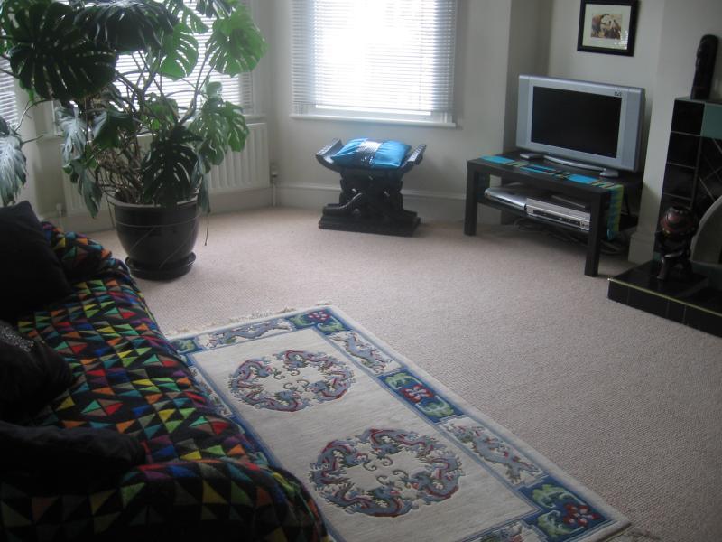 2 bedroom maisonette with garden, holiday rental in Wood Green