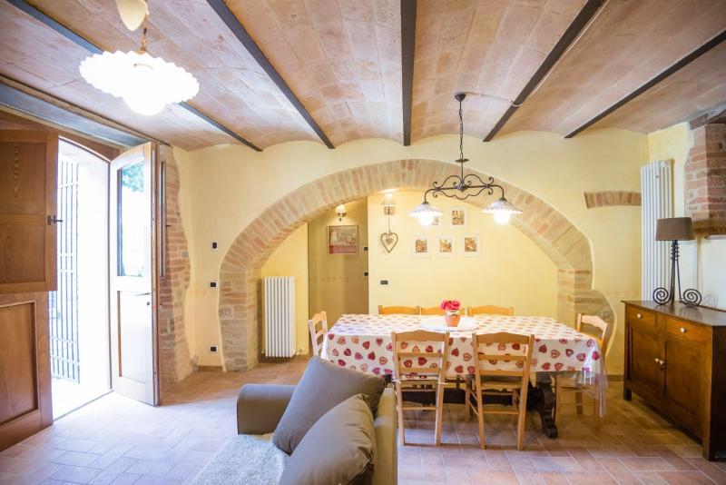 BorgoCuore: Casa Lavanda e Rosmarino, holiday rental in Fratta Todina