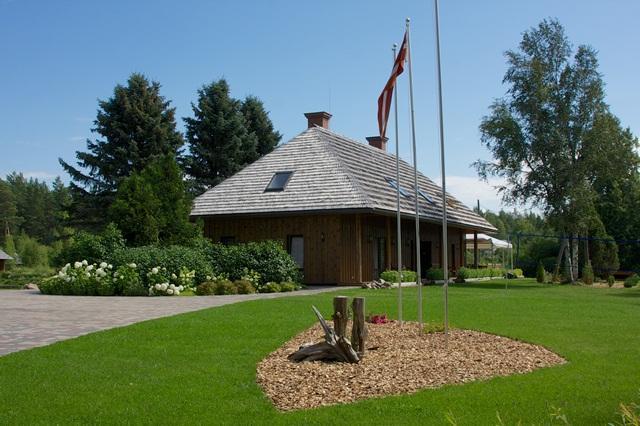 Holiday House KOSISI by the Baltic Sea, alquiler de vacaciones en Letonia